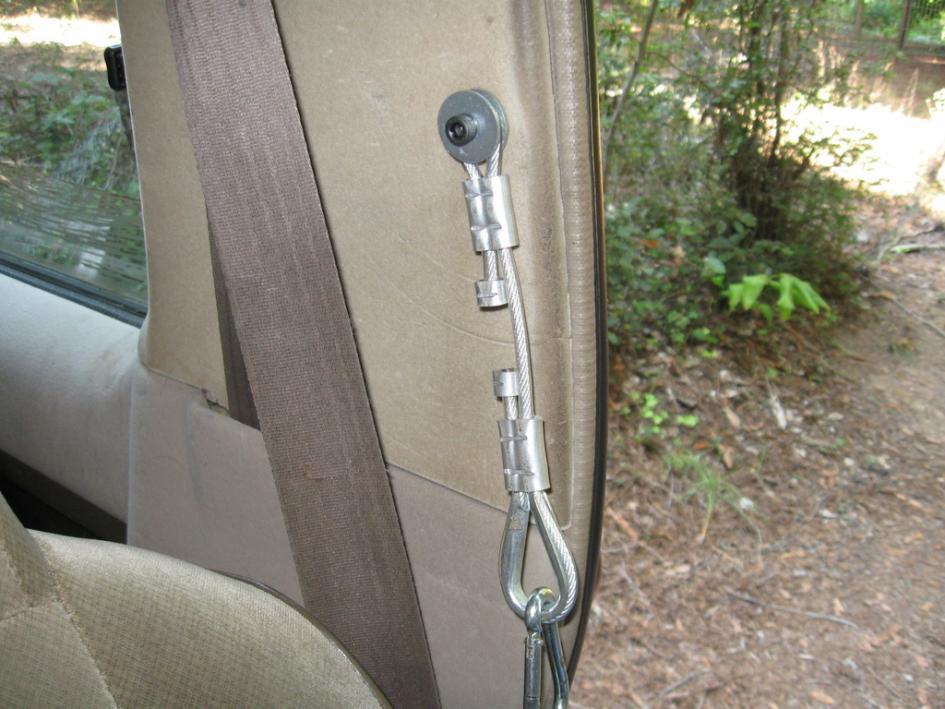 Name:  04 Strap mounted.jpg Views: 337 Size:  93.6 KB